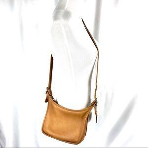 Vintage coach tan leather crossbody purse bag
